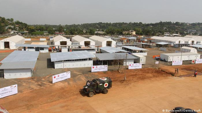 Liberia Monrovia DRK & Bundeswehr Ebola-Hilfsstation