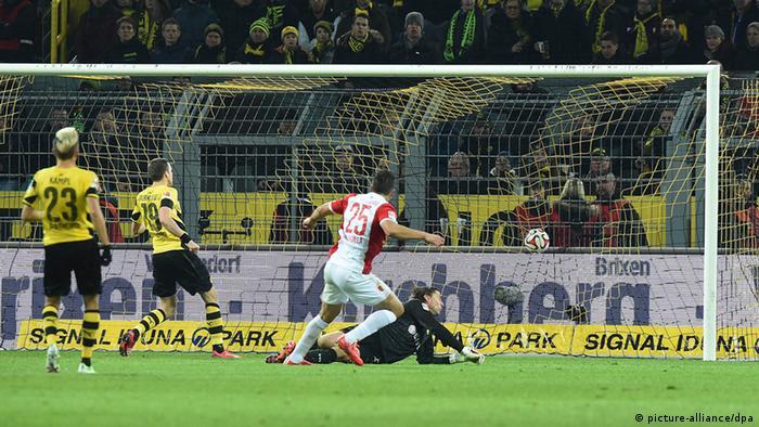 Bundesliga Borussia Dortmund vs. FC Augsburg 4.2.2015