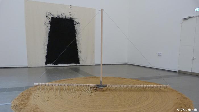 Ausstellungsbesichtigung Uecker (Bildergalerie)
