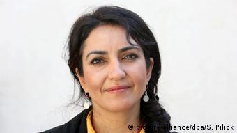 Ayse Demir, Vorstandssprecherin des Türkischen Bundes Berlin-Brandenburg (picture-alliance/dpa/S. Pilick)