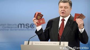 Poroschenko mit russischen Pässen