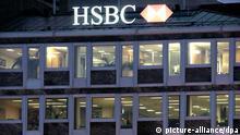 Schweizer Zentrale der Großbank HSBC in Genf (Foto: dpa) Geneva, Switzerland - Image of Hong Kong and Singapore bank company (HSBC) building front