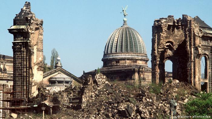 Deutschland Dresden Frauenkirche