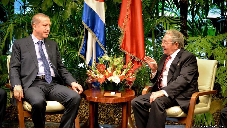 Turquía y Cuba exploran acercamiento comercial   DW   11.02.2015