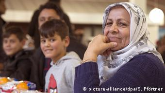 Grenzdurchgangslager Friedland Asylbewerber aus dem Kosovo (Foto: dpa)