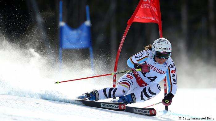 Viktoria Rebensburg beim WM-Riesenslalom in Beaver Creek (Foto: Al Bello/Getty Images)