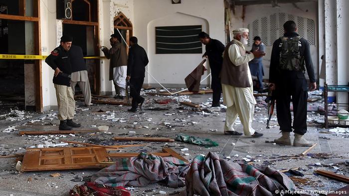 Resultado de imagen para pakistan ataque mezquita