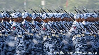 Birmesische Soldaten