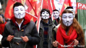 Protest gegen Bildungspolitik der AKP in Istanbul, Türkei (Reuters/M. Sezer)