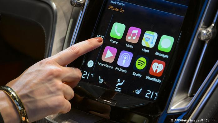 Apple CarPlay Bildschirm (AFP/Getty Images/F. Coffrini)