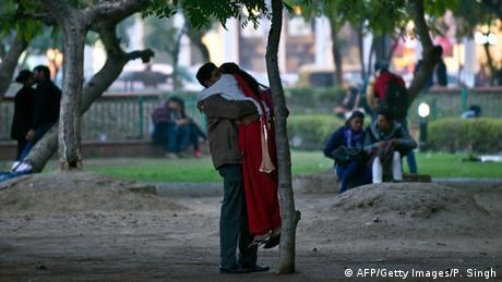 Indien Valentinstag (AFP/Getty Images/P. Singh)