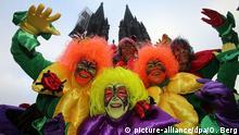 Deutschland Karneval Weiberfastnacht in Köln
