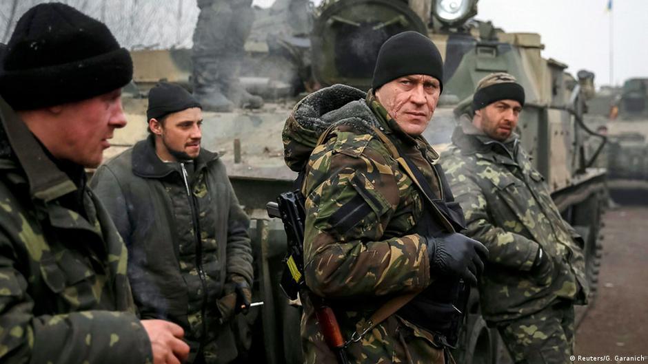 Cessar-fogo no leste da Ucrânia sob ameaça | DW | 16.02.2015