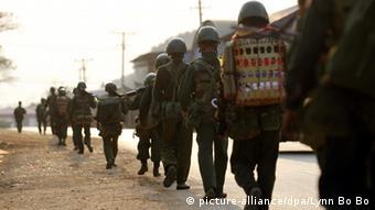 Myanmar Soldaten