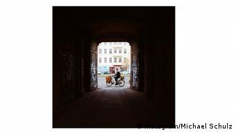 Instagram photo through a corridor to a Berlin garden, Copyright: Instagram/Michael Schulz