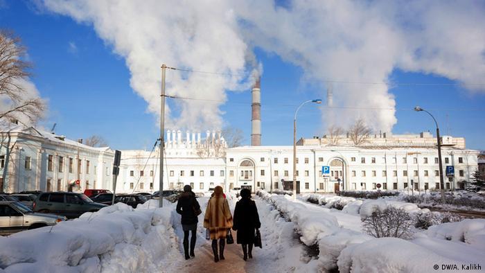 Медведев говорит, что российские чиновники так часто ездят в оккупированный Крым из-за его отсталости - Цензор.НЕТ 3161