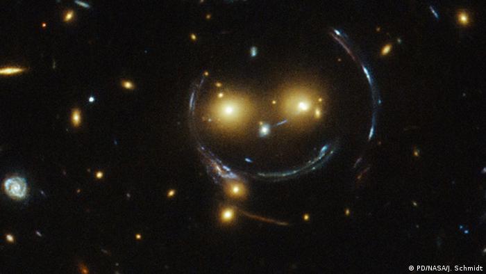 NASA - Smiley im Weltraum