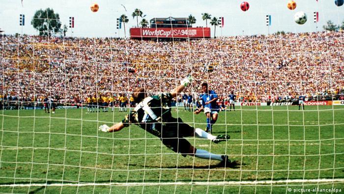 پنالتی ناموفق روبرتو باجو در فینال جام جهانی ۱۹۹۴