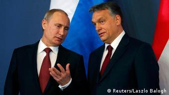 Російські технології Угорщина не потягне. На фото: Володимир Путін (л) та Віктор Орбан