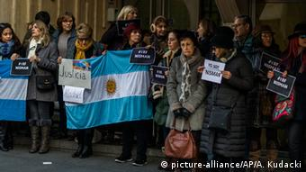 Protestas también en Madrid por la muerte del fiscal Nisman.