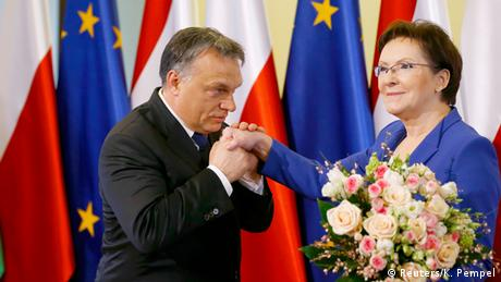 Viktor Orban and Ewa Kopacz (Reuters/K. Pempel)
