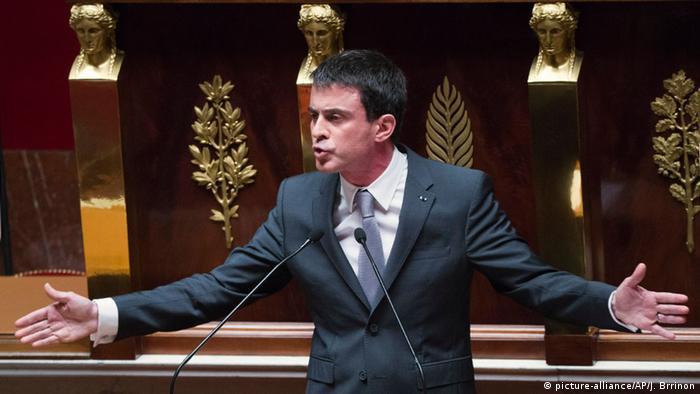 Governo francês ganha voto de confiança