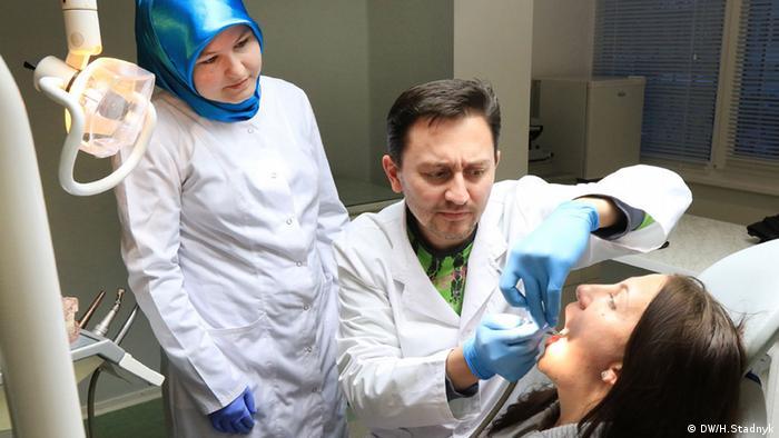 Родина Рамазанових відкрила у Львові власну стоматологічну практику