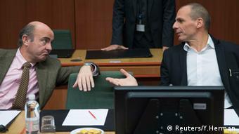 Ο Βαρουφάκης με τον ισπανό ομόλογό του σε ένα από τα Eurogroup
