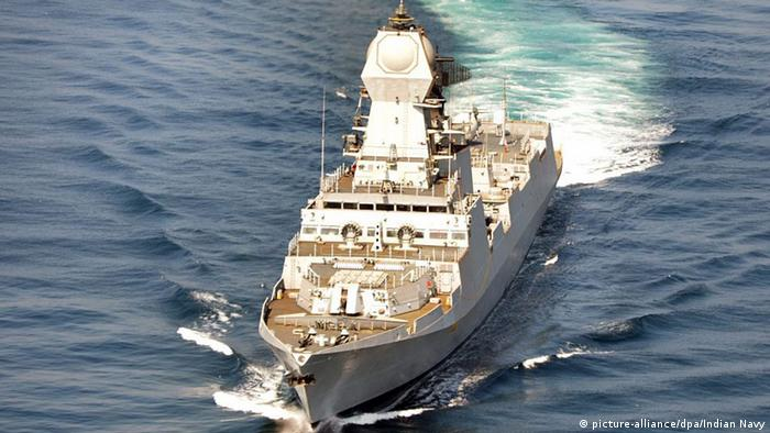 Indian Navy warship Kolkata (picture-alliance/dpa/Indian Navy)