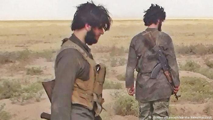 Syrien/Irak IS-Kämpfer (picture-alliance/Albaraka News/Handout)