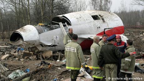 Flugzeugabsturz Smolensk mit Lech Kaczynski Präsident Polen (picture-alliance/dpa)
