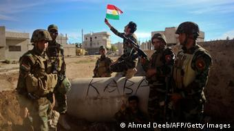 Photo: Kurdish peshmerga fighters