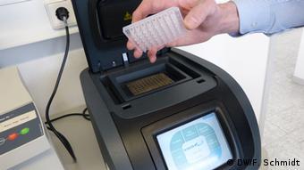 Polymerase-Kettenreaktionsgerät am Fraunhofer Institut in Schmallenberg