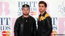 Das Duo Royal Blood gewinnt überraschend bei den BritAwards 2015