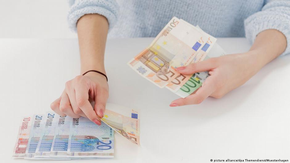 للمبذرين:7 خطوات بسيطة لتوفير النقود | DW | 10.03.2015