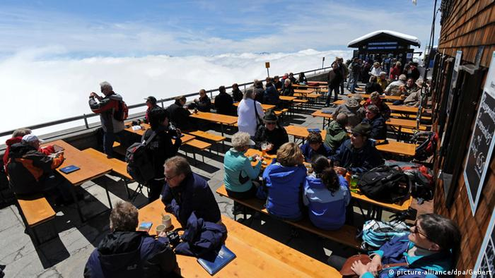 Frühling in Deutschland (Bildergalerie) Sonne auf der Zugspitze