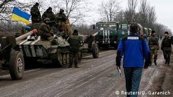 Ukraine Rückzug der Armee aus Ostukraine OSZE Beobacher