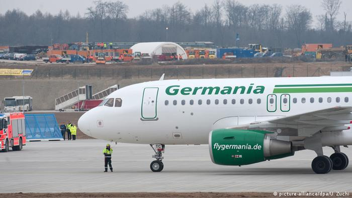 Germania plane (picture-alliance/dpa/U. Zuchi)