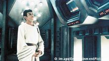 1987 Star Trek IV The voyage Home Movie Set Pictured Leonard Nimoy Star Trek IV The voyage Home Original Film Title Star Trek IV The voyage Home Regard Use only at FILMTITEL ANSWER PUBLICATIONxINxGERxONLY 19870101_alb_a90_299445 JPG