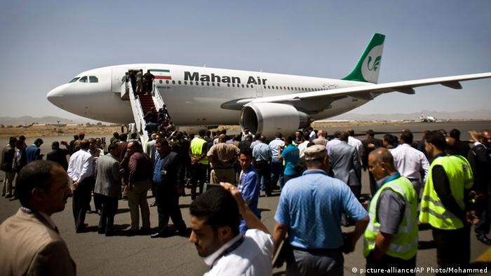 Mahan Air Direktflug Teheran Sanaa (picture-alliance/AP Photo/Mohammed)