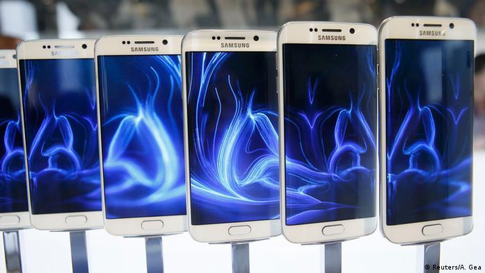 Spanien Galaxy S6 edge bei der Mobilfunkmesse in Barcelona