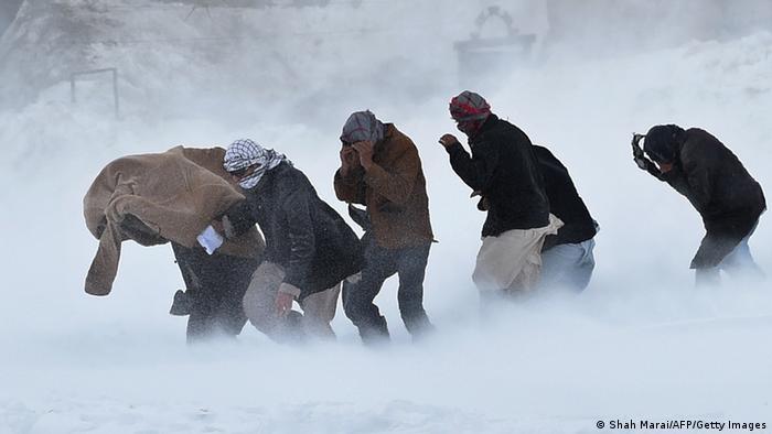 Afghanistan Schäden durch Lawine Rettungseinsatz
