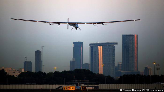 Solar Impulse 2 Abu Dhabi