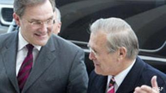 Franz Josef Jung in Washington bei Donald H. Rumsfeld