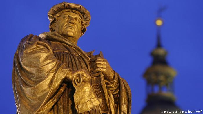 Памятник Мартину Лютеру в Айслебене