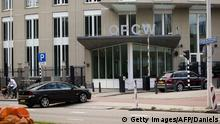 Bildunterschrift:This picture taken on August 31, 2013 shows the building of the Organization for the Prohibition of Chemical Weapon, in the Hague. United Nations inspectors have collected 'considerable' evidence on a suspected chemical weapon attack in Syria and will brief UN leader Ban Ki-moon soon after they leave on August 31, a spokesman said. While the major powers wrangle over a possible military strike on Syria, samples collected in the country will be sent to laboratories across Europe and the analyses could take more than a week, UN spokesman Farhan Haq told reporters on August 29. AFP PHOTO / ANP / EVERT-JAN DANIELS ***netherlands out*** (Photo credit should read Evert-Jan Daniels/AFP/Getty Images)