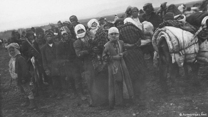 Armênios em fuga durante a Primeira Guerra Mundial no que hoje é território turco