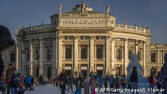 Das Wiener Burgtheater (AFP/Getty Images/J. Klamar)