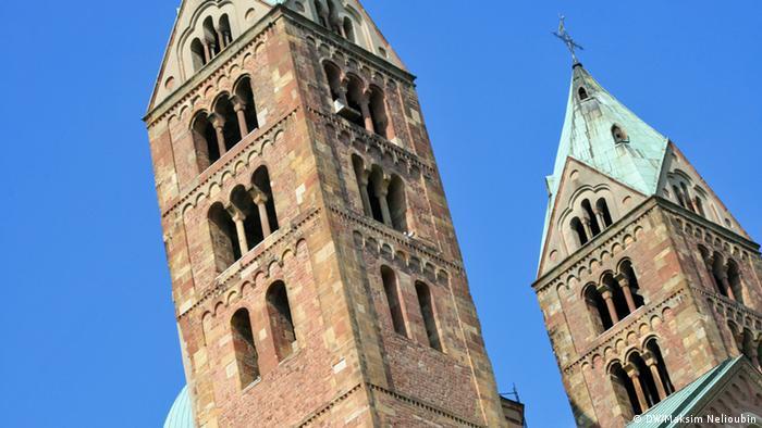 Западные башни собора