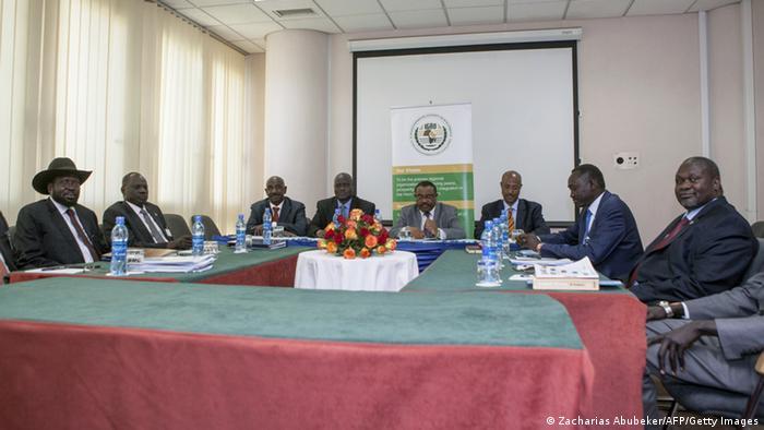 Encontro entre as autoridades etíopes e os líderes sul-sudaneses (Foto de arquivo/2015)
